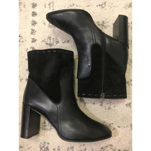Aquatalia heeled Ankle Booties leather suede 6.5